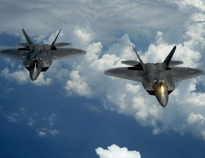 4 pycки разузнавателни самолета са прехванати от ВВС на САЩ