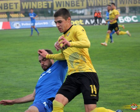 Ботев загуби на Лаута след отменен гол