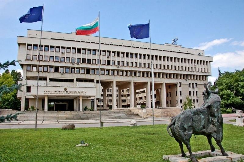 МВнР ще извика за обяснение посланика от чатовете на Пламен Бобоков