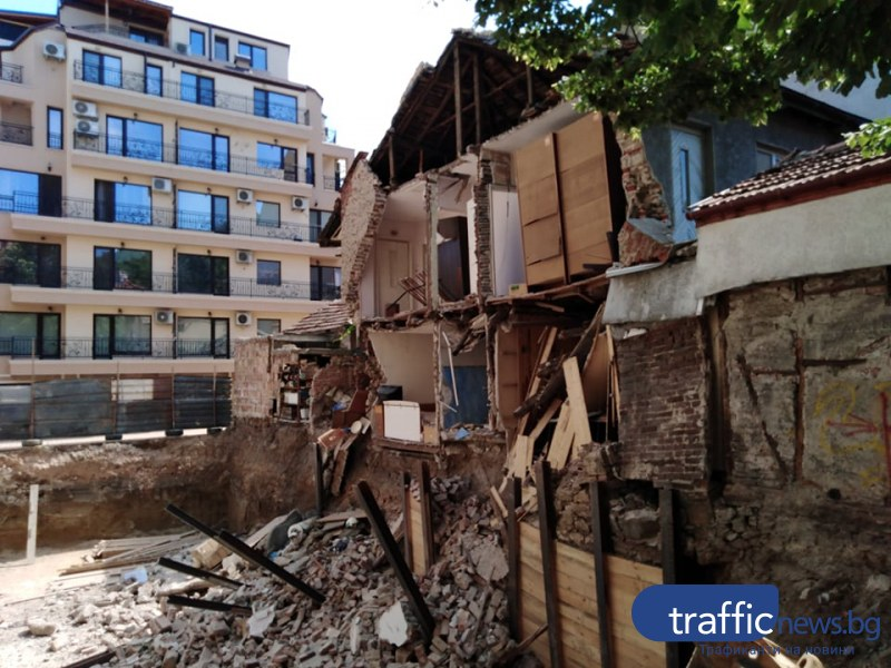 Строителен надзор: Икономически неизгодно е рухналата къща в Пловдив да бъде възстановена