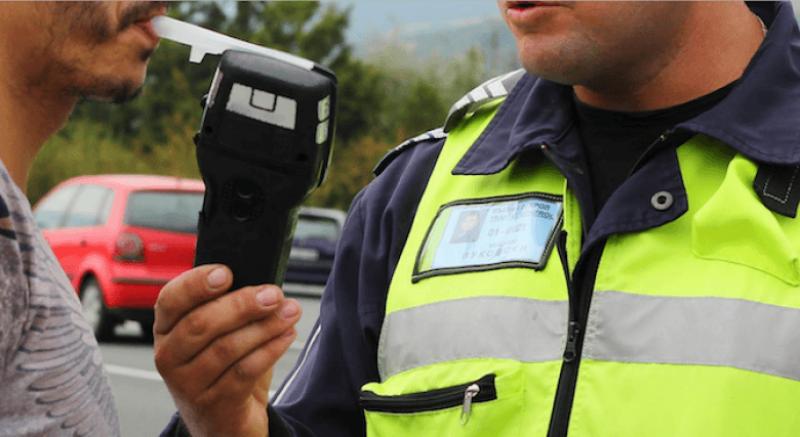 Рекордьорът, седнал зад волана с 3.59 промила в Пловдивско, убил човек на пътя