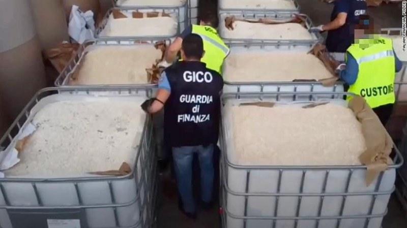 Италианските власти задържаха най-голямата пратка наркотици досега