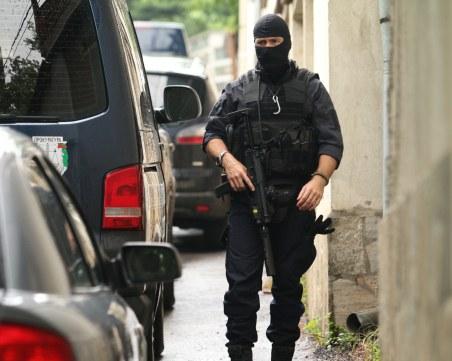 Трима приближени до Божков са арестувани, сред тях шефът на охраната му