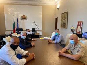 Борисов на среща с щаба: Засилваме готовността на болниците за лечение на коронавирус