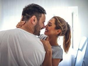 Наръчник как жената да задоволи мъжа с ръка