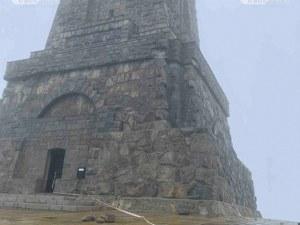 Ремонтират рушащият се паметник на Шипка с 210 000 лева