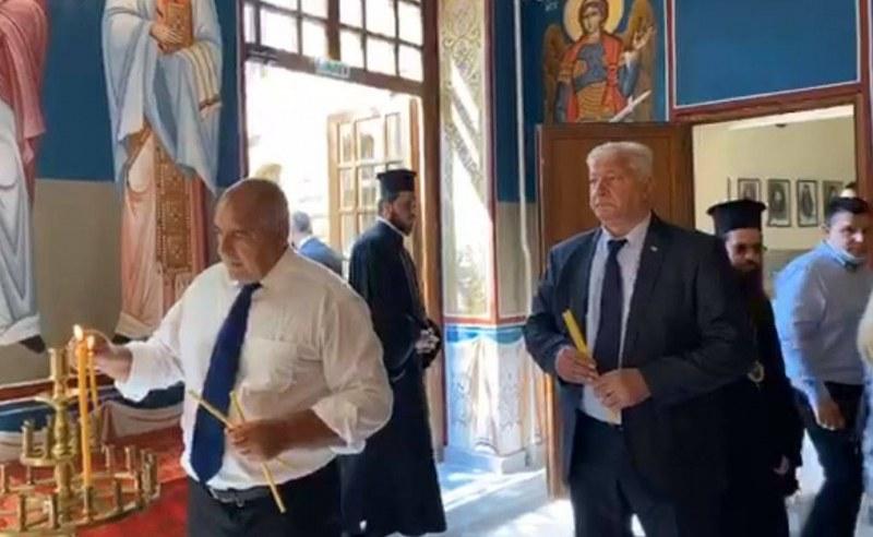 Бойко Борисов посети Духовната семинария в Пловдив, разгледа новата църква в нея