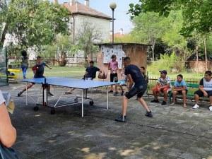 30 състезатели на турнир по тенис на маса в село Борец