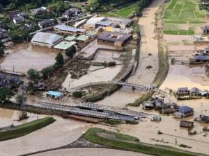 Жертви и безследно изчезнали след воден ад в Япония
