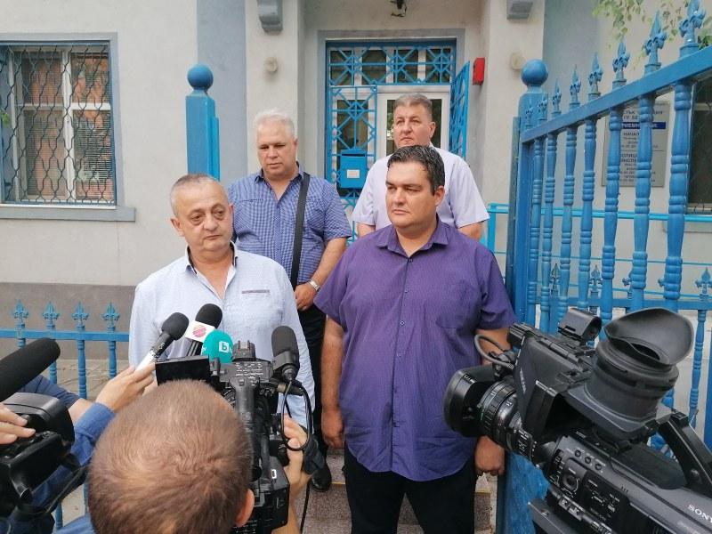 Зверство! Двама ритат и влачат възрастна жена в дома ѝ край Пазарджик