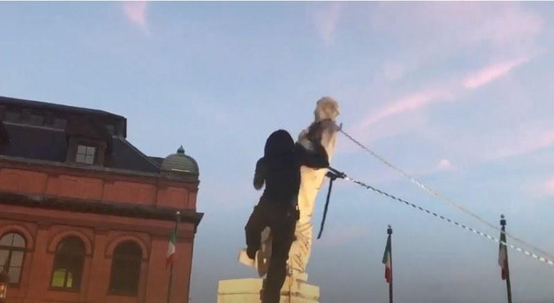 Навръх 4 юли: Изхвърлиха в морето статуя на Христофор Колумб в Балтимор