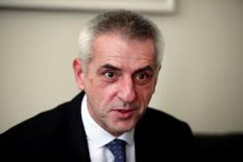 Шефът на НСО: Възможно е човек, близък до Борисов, да е направил снимките