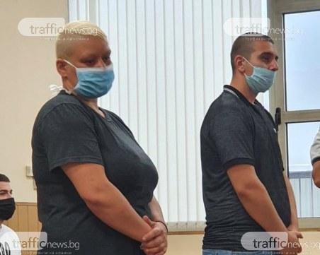 С нож и стъклена чаша: Майка и син, заклали Поли Стефанов в Пловдив