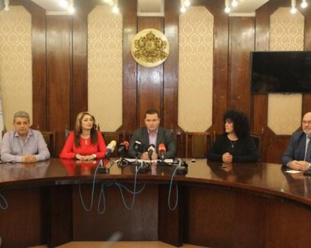 Русе остана без градоначалник -  двама зам.-кмета с COVID-19, другите под карантина