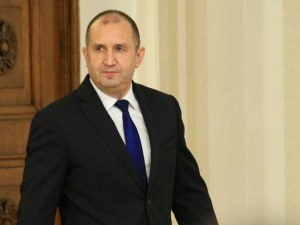 Румен Радев: Охранителите на брега на Росенец са от НСО