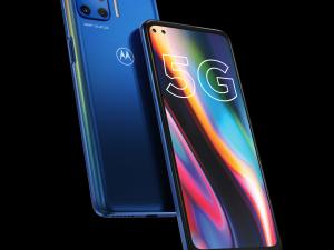Motorola представи своя първи 5G смартфон
