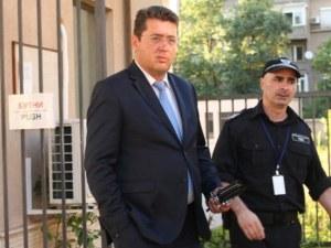 Задържаха Пламен Узунов в къщата му в Първенец