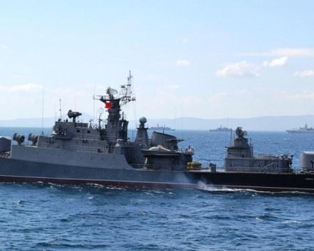 Каракачанов: Флотът няма да охранява акватория, част от някакви паркове