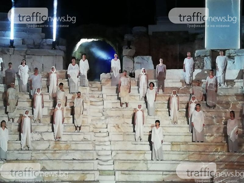 Откриха фестивала Opera Open на Античния! Публика и артисти смениха местата си