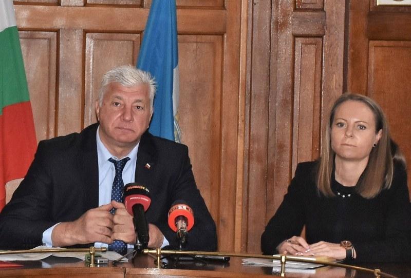 Пак разминаване между Община Пловдив и Областна управа за мерките срещу COVID-19