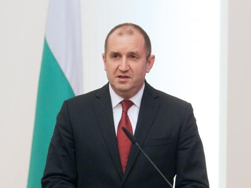 И президентът Радев поиска оставката на шефа на НСО