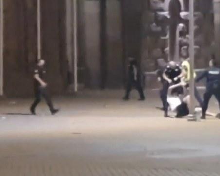 Битият студент от полицията бе настанен в Пирогов, под охрана е
