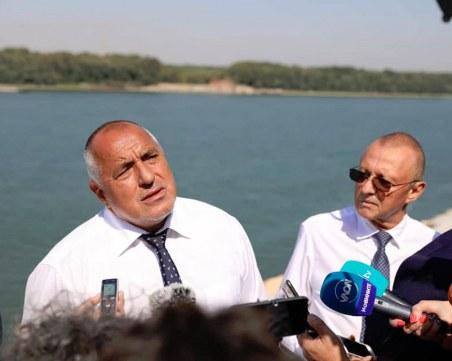 Борисов: Настоявам охраната на Доган и Пеевски да бъде свалена днес