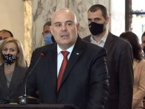 """Иван Гешев: """"Обединителят на нацията"""" наруши Конституцията"""