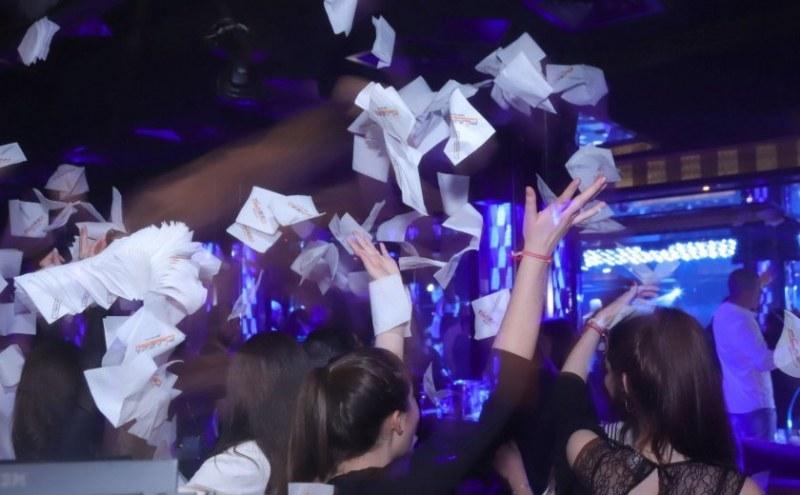 Официално: Министър Ананиев със заповед за дискотеките и празненствата