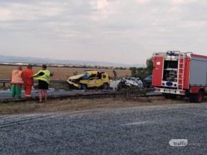 Шофьорът на турския тир, връхлетял 4 коли на АМ