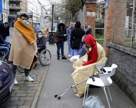 Връщат част от мерките в Хърватия, забраняват прегръдките