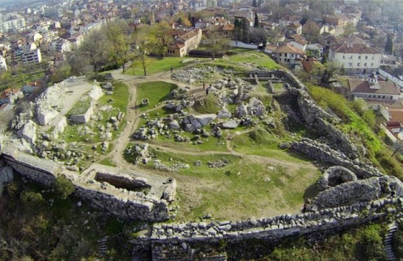 Туристите в Пловдив намаляха с 90%