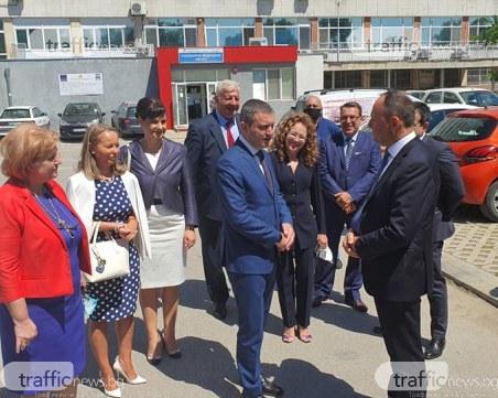 Горанов за пликовете: Твърденията на Божков са в резултат на климата, в който се намира