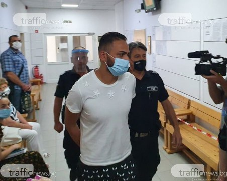 Ангел Рашков с белезници в съда! Прокуратурата иска постоянен арест