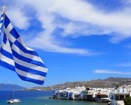 Гърция няма да допуска втора карантина, има резервен план за COVID-кризата