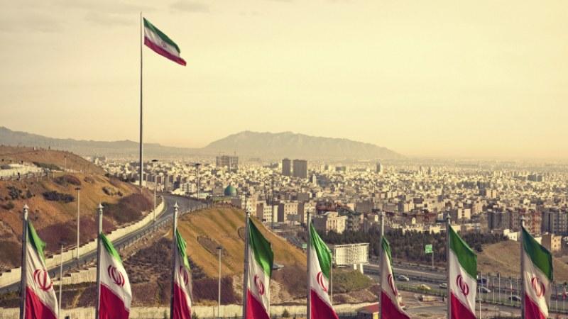 Пожар порази седем кораба в Иран