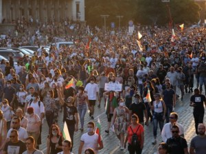 Валери Симеонов: Протестите са дирижирани от Дубай с подкрепата на президента