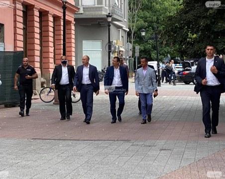 Студенти за политическа употреба или кой покани президента Радев в Пловдив