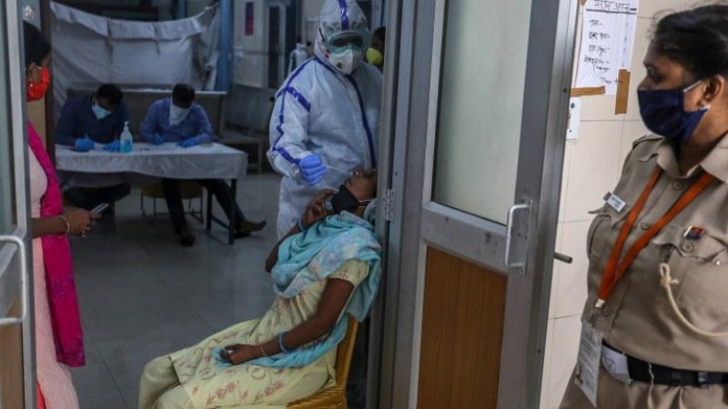 Индия с рекорден брой заразени от коронавирус