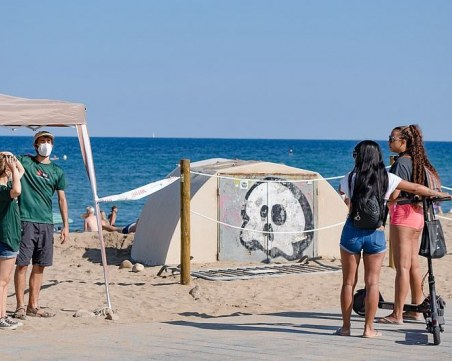Англия зачерква Испания за туризъм заради втора вълна на COVID-19
