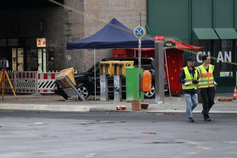 Кола се вряза в пешеходци в Берлин! Седем души са пострадали