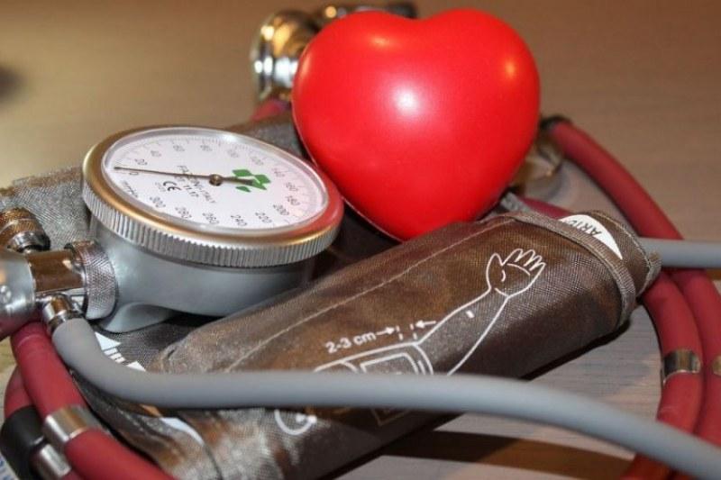 5 прости храни, които регулират кръвното налягане