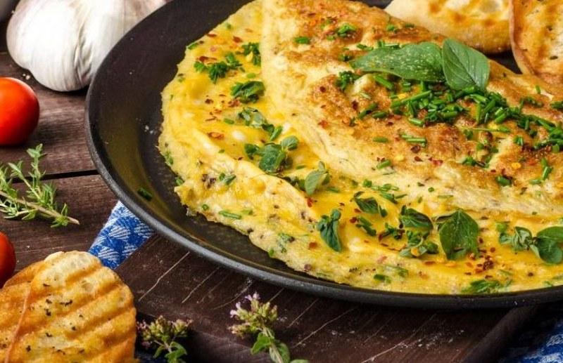 Храна за отслабване: Девет рецепти за здравословен омлет