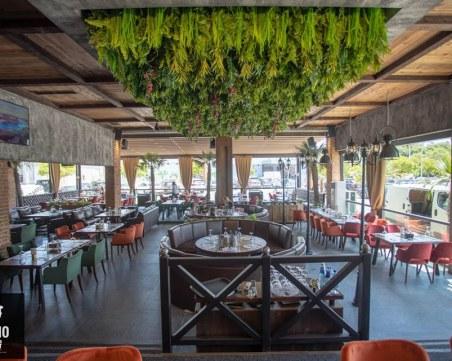 Хитов ресторант под тепетата привлича клиенти с деликатеси и свежи напитки
