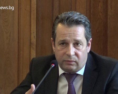 9 месеца - 9 зам.-кмета на Пловдив: Тодор Чонов – полицаят, който пое транспорта по неволя