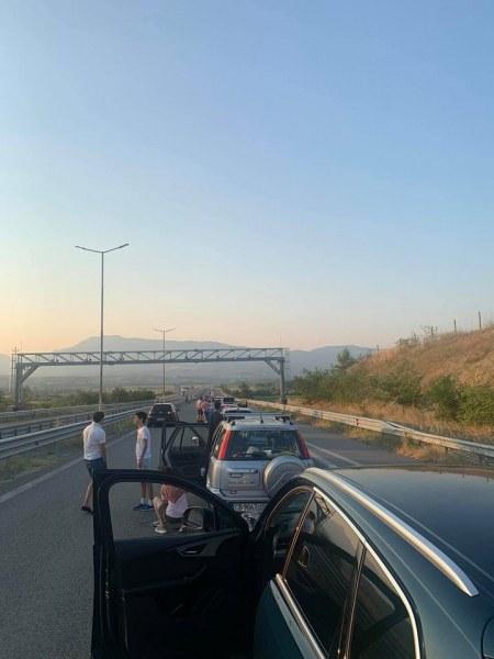 На път за Гърция на 1 август: 5 км опашка, около 4 часа чакане