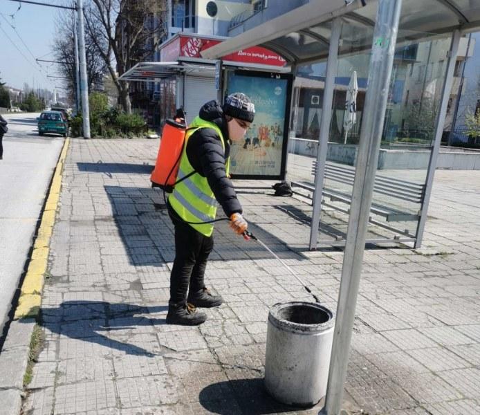 Продължава дезинфекцията на всички спирки в Пловдив