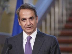 Гърция обяви тревога, въвежда нови мерки срещу COVID-19