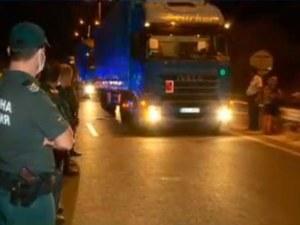 """Избутаха протестиращите от АМ """"Марица"""" – пуснаха движението"""