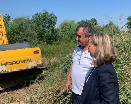 Областният управител провери биоцентралата в село Труд, обеща съдействие за проблемите